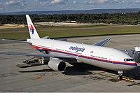 Malaysia Airlines Boeing 777-200ER PER Koch-2.jpg