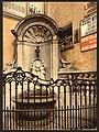 Manneken Pis, Brussels, Belgium-LCCN2001697919.jpg