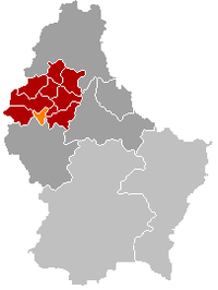 Map of Luxembourg with Neunhausen highlighted in orange, the district in dark grey, and the canton in dark red