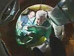 Marcos Pontes entrando na Estação Espacial.jpg