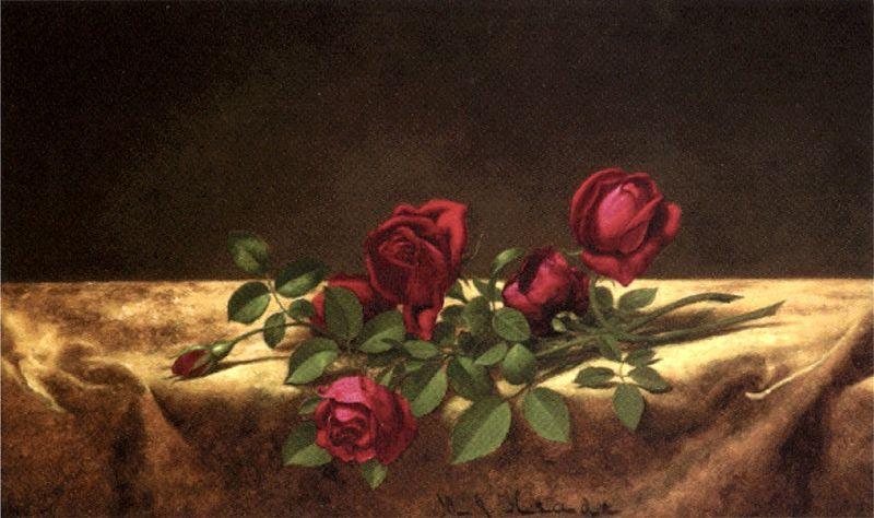 File:Martin Johnson Heade - 'Roses Lying on Gold Velvet', oil on canvas, c. 1883-1900,.jpg