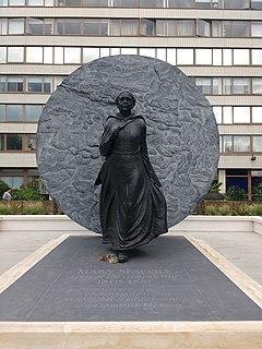 Statue of Mary Seacole Artwork at St Thomas Hospital, London