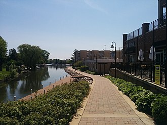 McHenry, Illinois - The McHenry Riverwalk