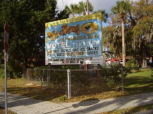 Homosassa, Florida - McRae's Hotel