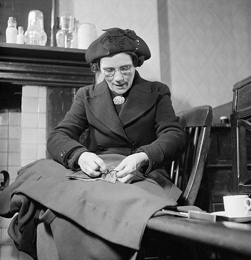 Mend and Make Do- Dressmaking Classes in London, 1943 D12891