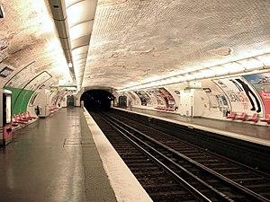 Jaurès (Paris Métro) - Image: Metro de Paris Ligne 7bis Jaures 01