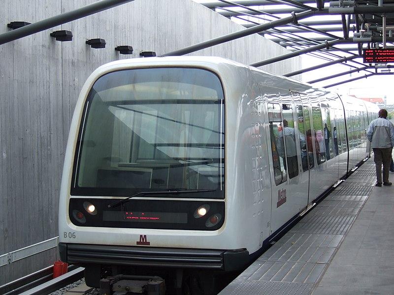Fil:Metrotrain.jpg