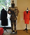 Michael Jackson suit of armor, Juliens Auctions Preview 2011-03-08.jpg