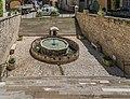 Monolithic fountain in Villefranche-de-Rouergue 03.jpg