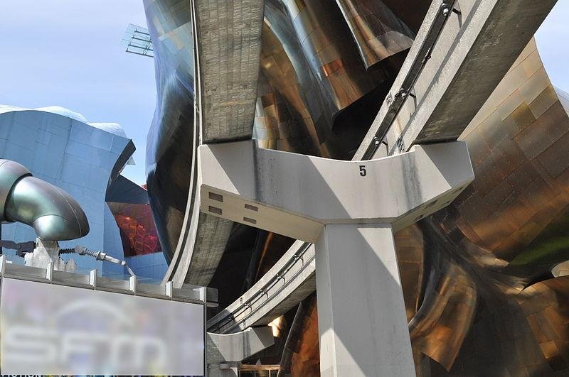 Monorail tracks enter EMP-SFM 01.jpg