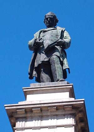 Dalmacio Vélez Sarsfield - Monumental statue of Vélez Sarsfield in Córdoba.