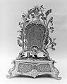 Musical mantel clock (Pendule avec boîte à musique) MET 167054.jpg