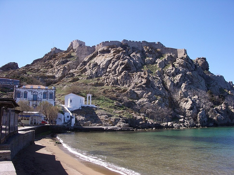 Myrina castle from romeikos gialos day