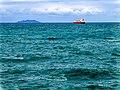 Nave mercantile in attesa di entrare nel porto di Livorno.jpg