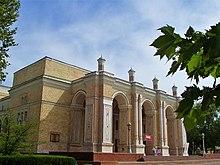 Façade de l' opéra navoï de tachkent