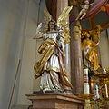 NeuePfarrkircheStMargaret(München)HochaltarL1040082.JPG