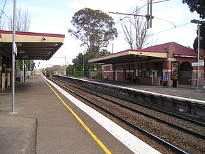 Newmarket railway station, Melbourne - Southbound view from Platform 1