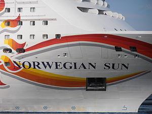 Norwegian Sun Name 9 July 2012 Tallinn.JPG
