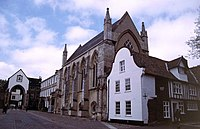 Norwich Cathedral Close - geograph.org.uk - 290704.jpg