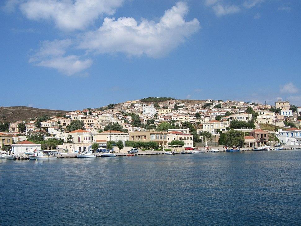Oinousses main settlement