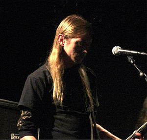 Grave (band) - Ola Lindgren, vocalist and guitar player. Klubben 2008