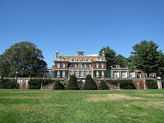 Cruel Intentions - Old Westbury Gardens was one of the filming locations