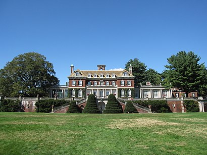 How to get to Old Westbury Gardens with public transit - About the place
