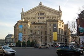 Opéra Garnier dos.JPG