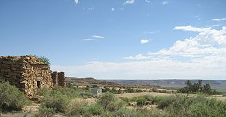 Hopi - Abandoned house and view from Oraibi village