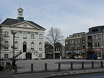 P1040705 copyGemeentehuis Zundert.jpg