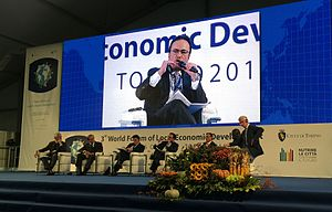 United Regions / Forum of Regional Governments and Global Associations of Regions - ORU Fogar's former President, Paúl Carrasco, at the LED Forum in Turin (October 2015)