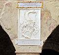 Palazzo vicariale di certaldo, cortile, stemma della stufa.JPG
