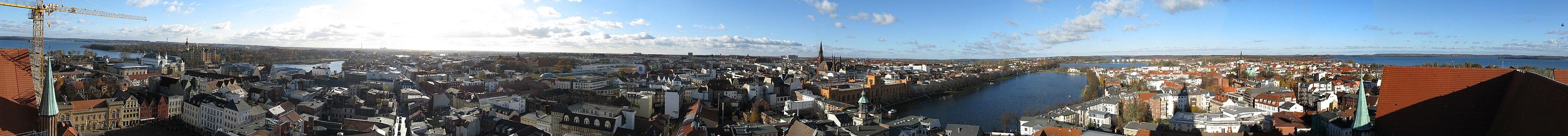Panorama Schwerin.jpg