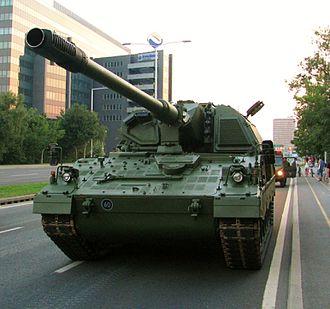 Panzerhaubitze 2000 - Image: Panzerhaubitze 2000, Military Parade, Zagreb, 4 8 2015