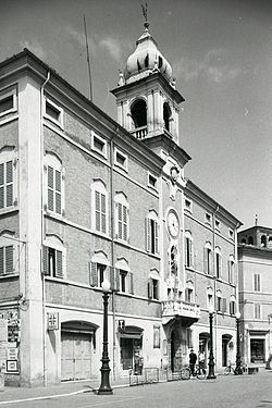 The town hall in 1976.