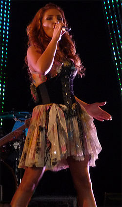 PaparizouLiveKalamata.jpg