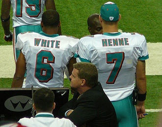 Pat White (gridiron football) - White (left) with fellow Dolphins quarterback Chad Henne in 2009.