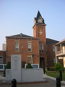 Pendleton County, Kentucky Courthouse.jpg