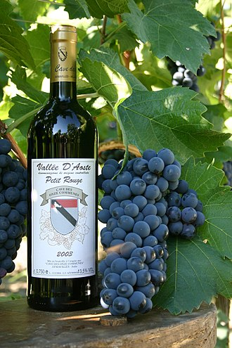 Petit Rouge - Petit Rouge grapes and a Valle d'Aosta wine produced from the variety.
