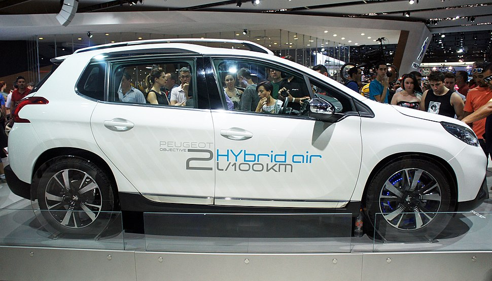 Peugeot 2008 HYbrid air SAO 2014 0304