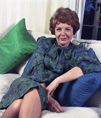 Phyllis Calvert - Image: Phyllis Calvert
