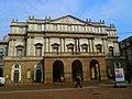Piazza Scala - Opera Scala - panoramio.jpg