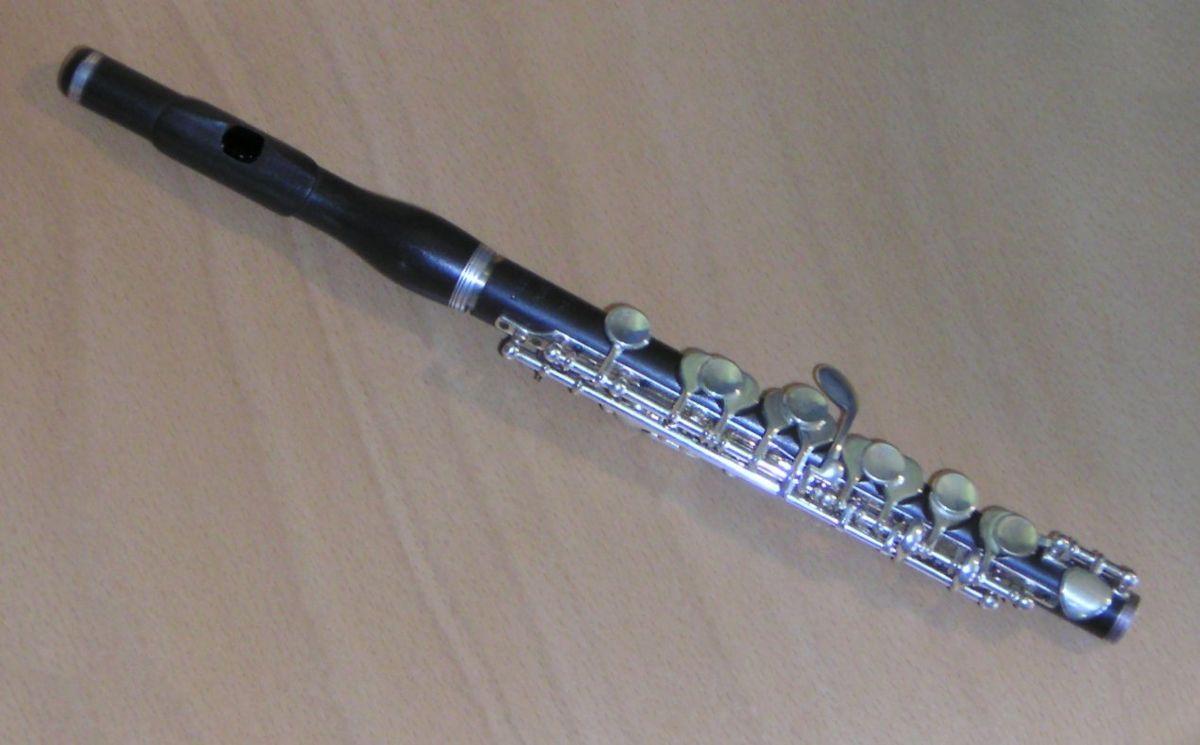 Piccolo (musique) u2014 Wikipédia