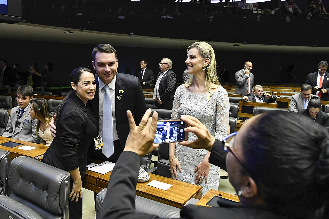 Plenário do Congresso (31620012987).jpg