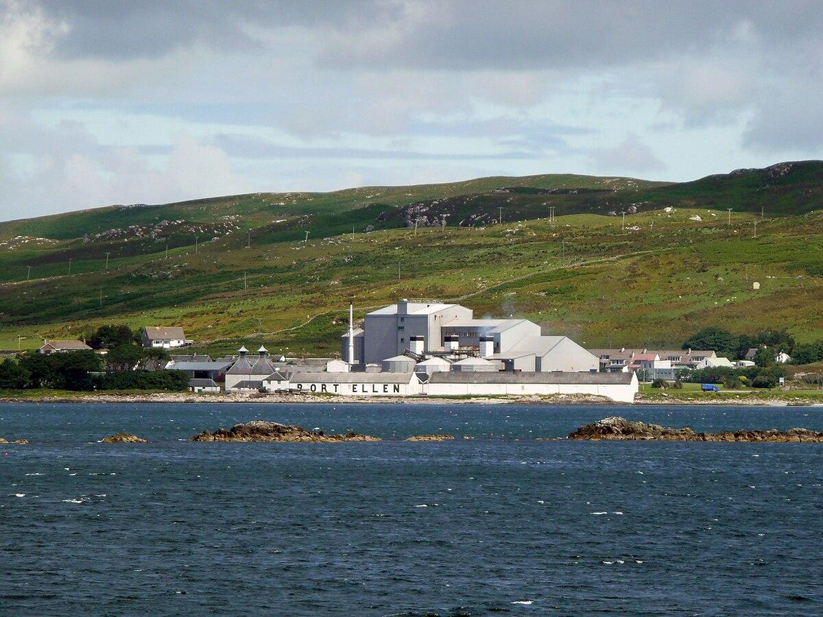 Insel Islay: Laphroaig und die Cask Strength Serie