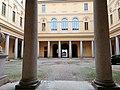 Primo cortile del Liceo ginnasio statale Benedetto Cairoli visto dal secondo cortile del Liceo ginnasio statale Benedetto Cairoli - Vigevano.jpg