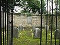 Quaker graveyard - geograph.org.uk - 571029.jpg