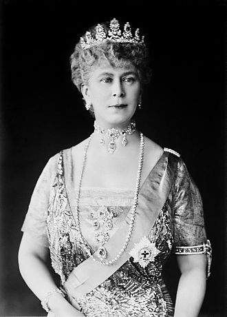 Mary of Teck - Formal portrait from the 1920s