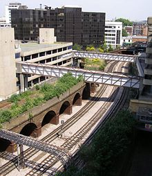 Photo of the abandoned viaduct on the approach to Grove Road station