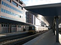 Reading - FGW 165108 arrived in platform 4.jpg